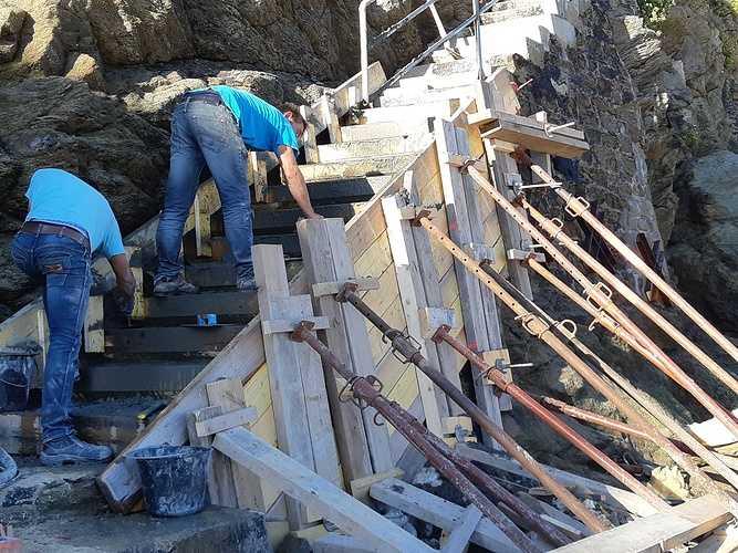 Réparation et coulage d''un escalier béton pour accès plage - Dinard - 35 20181005103640