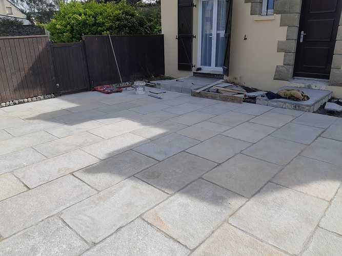 Création d''une terrasse en dalles - Rothéneuf (35) 20190418113327resized