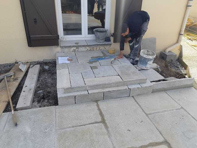 Création d''une terrasse en dalles - Rothéneuf (35) 20190418113335resized