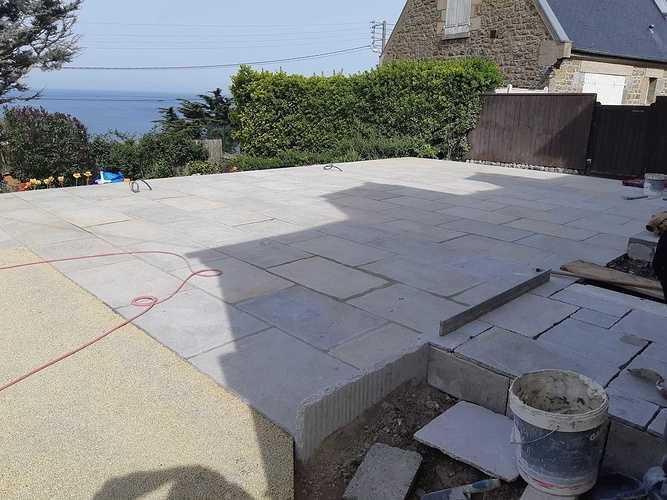 Création d''une terrasse en dalles - Rothéneuf (35) photo110