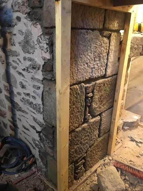 Création de percement dans mur pierre 75px0rapimg1269grande